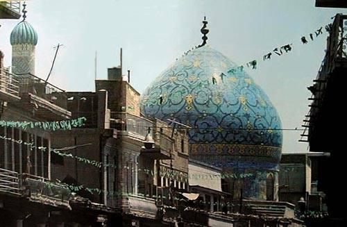 8aa60c327148e خارطة بغداد والمهندسين ويأمرهم بفتح شارع على وفق الهندسة والاستقامة ، ولكن  القناصل الاجانب الذين كانوا ساكنين في الباب الشرقي على نهر دجلة